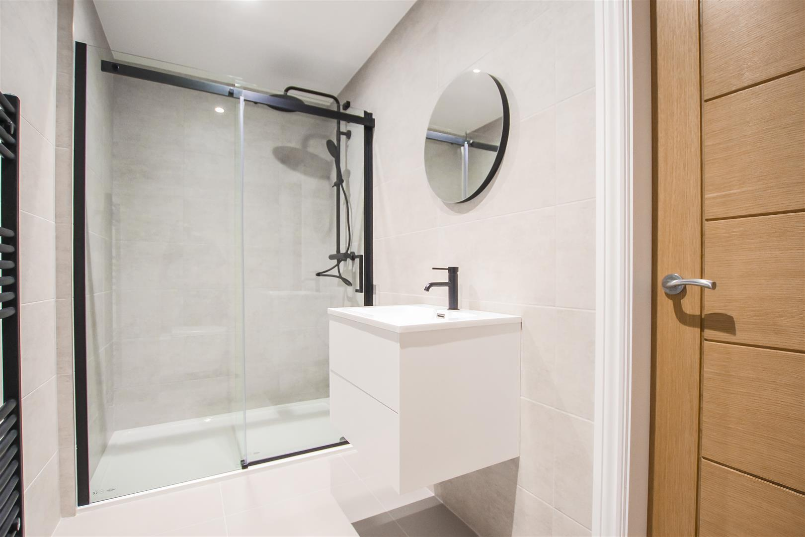 2 Bedroom Apartment For Sale - Image 22